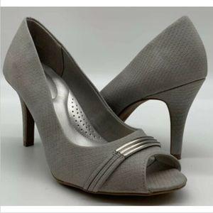 Dexflex Comfort women's peep toe pumps size 10